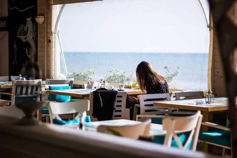 Скачать фон для Zoom архив «Ресторан»